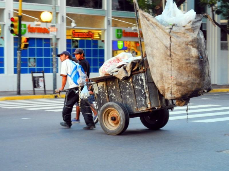 ...und Müllsammler am Rande der Gesellschaft
