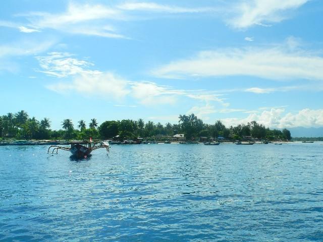 Bei unserem Abschied genossen wir die Blicke auf Gili Air,...