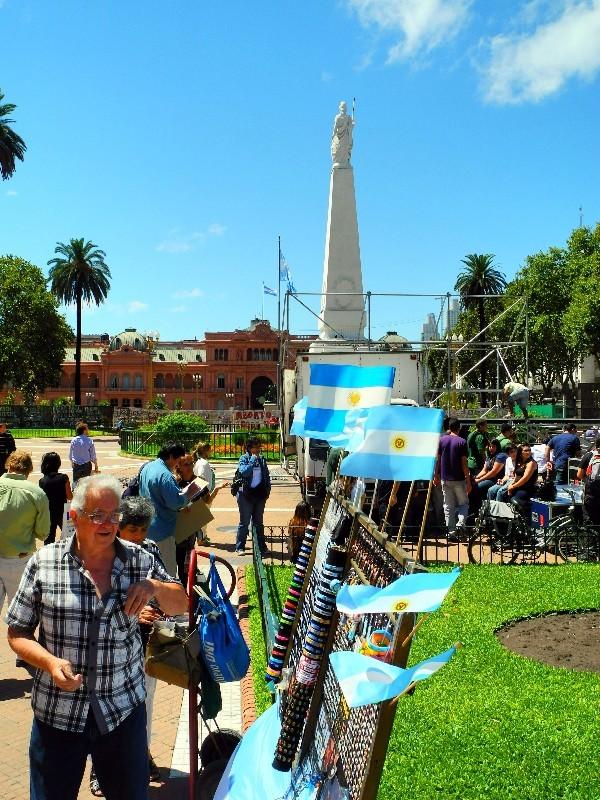 Die gibt es überall - Obelisk am Plaza de Mayo