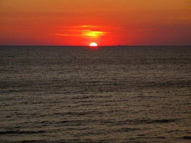 Abendessen - Blick auf die untergehende Sonne vom Campground des Orchard Beach State Parks