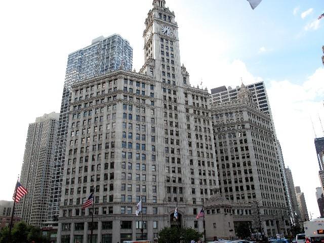 Durchgekaut - Wrigleys-Building von 1920 in Chicago