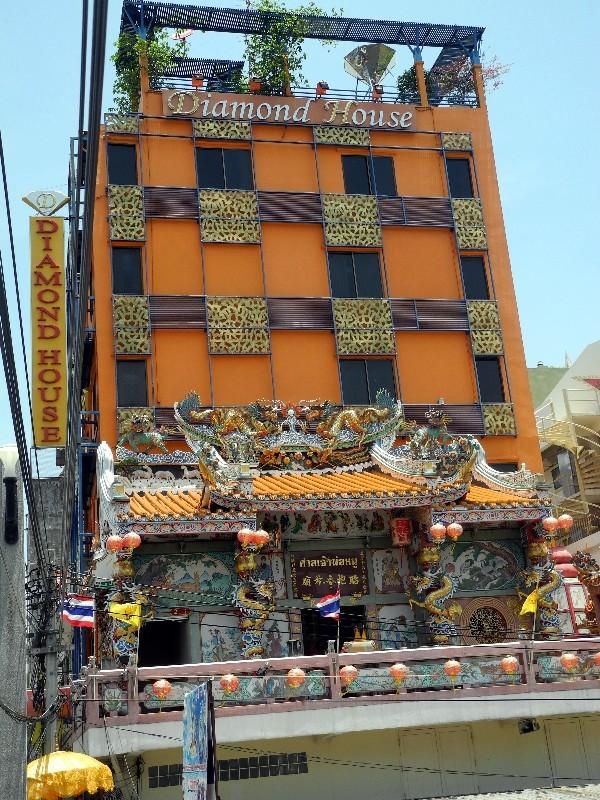 Bangkok Zentrum - Diamond House mit Wohlfühlfaktor