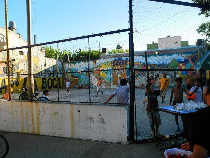 Nachgeeifert - Fußball in La Boca bedeutet Kommunikation und Identifaktion