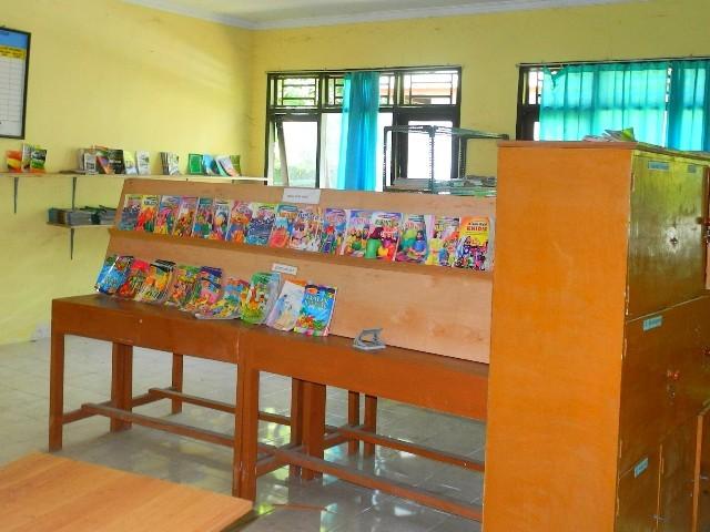 Bücherei der Schule auf Gili Air...