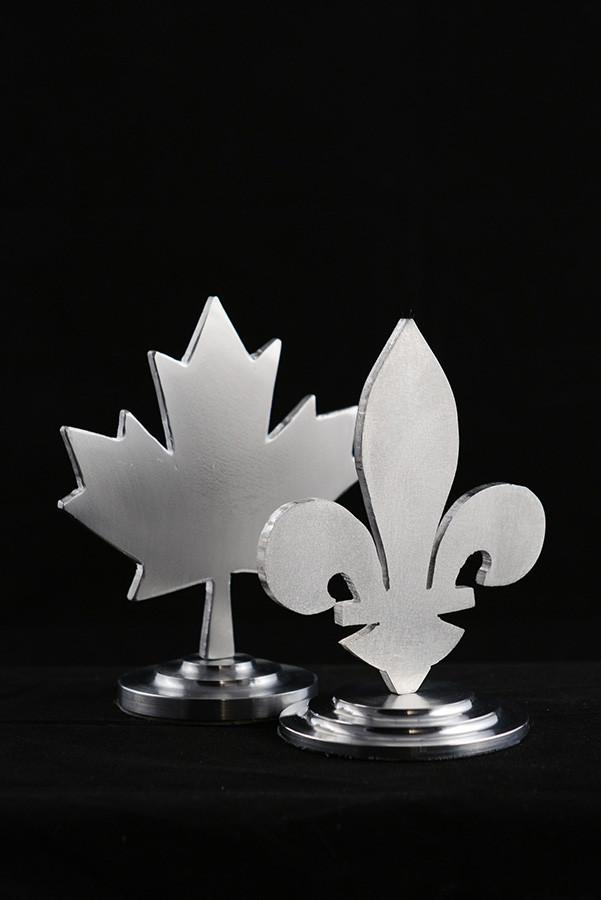 Figurines lys érable, 5''haut x 3'' diamètre, aluminium, 2019. $30.00 chaque.