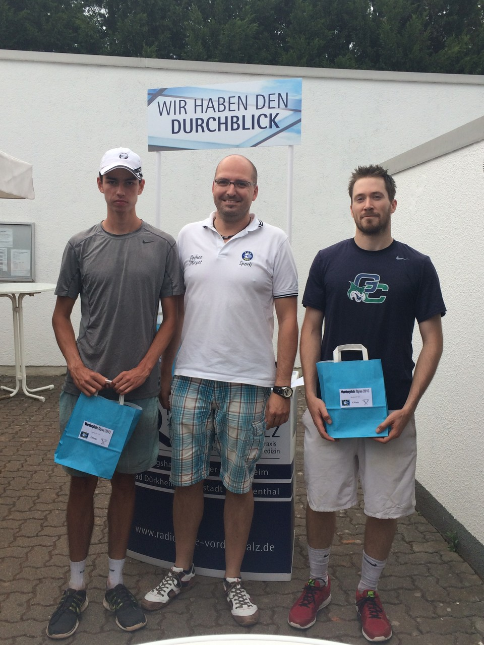 Herren LK 1-8: v.l. 2.Niklas Noll (BASF TC Ludwigshafen),  Sieger Tobias Rausch (TC Schwarz-Gelb Heidelberg)