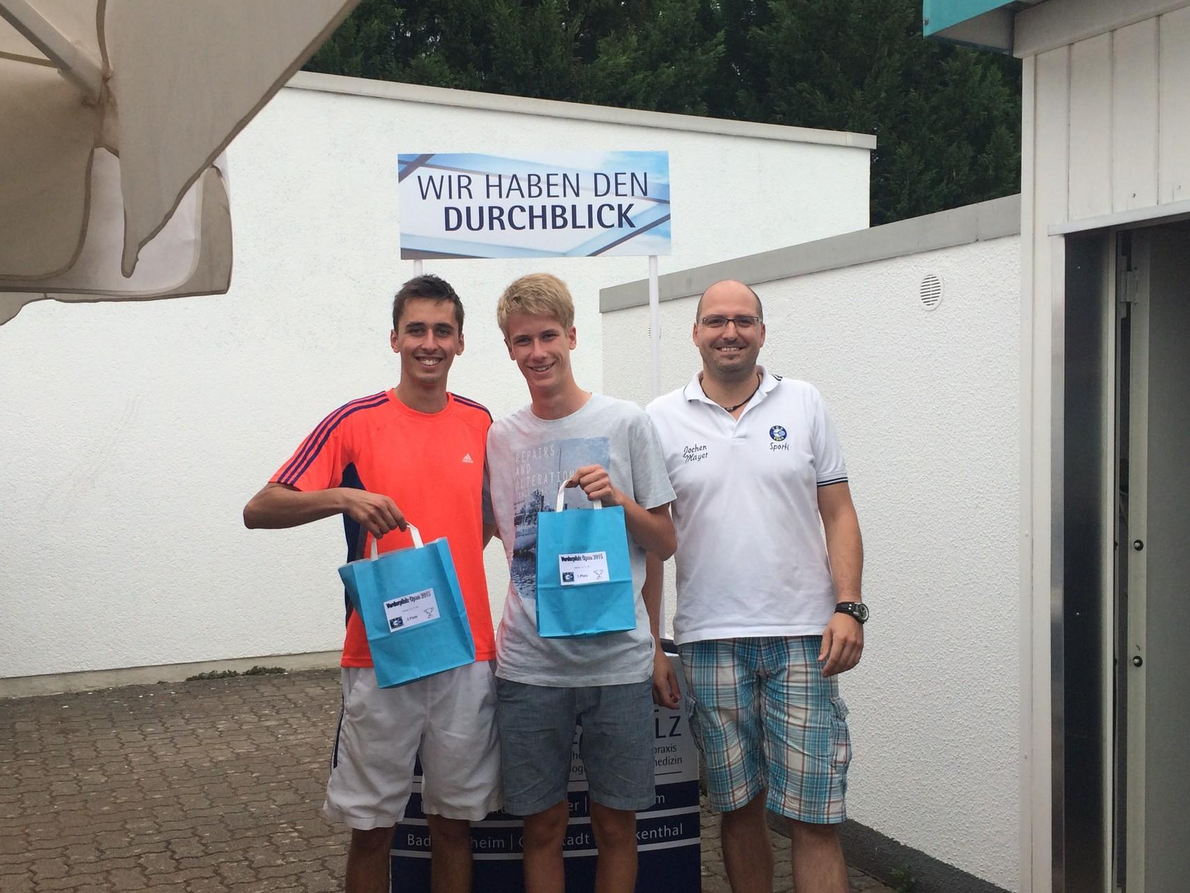 Herren LK 11-18: v.l. 2.Sebastian Huber (TC Meckenheim), Sieger Martin Dattge (TC Schifferstadt)