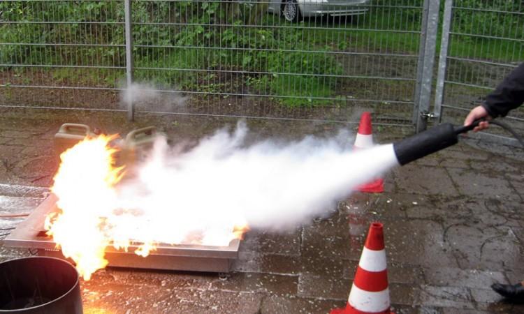 Brandschutzbekämpfung  Feuerwanne