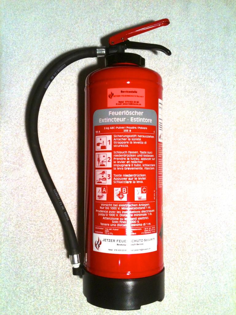 Pulver Feuerlöscher 6 - 12 Kg