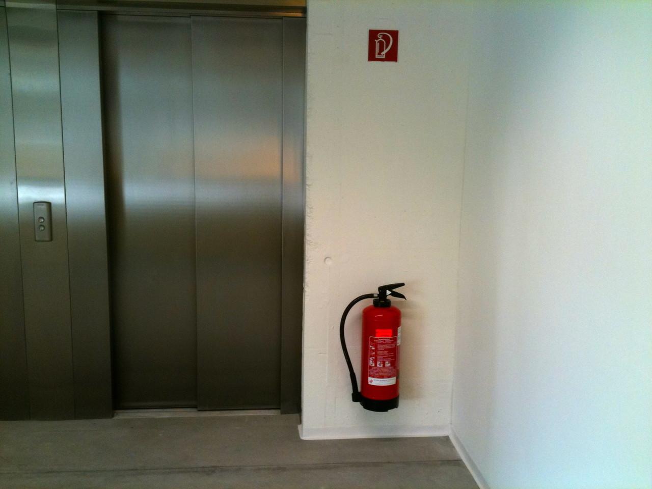 Hinweis - Feuerlöscher