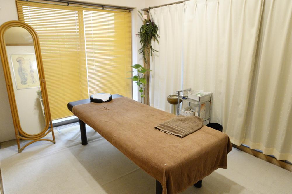 鍼灸ウインザー治療院 施術室