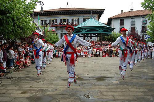San Fermín en Lesaka - Ezpatadantzaris