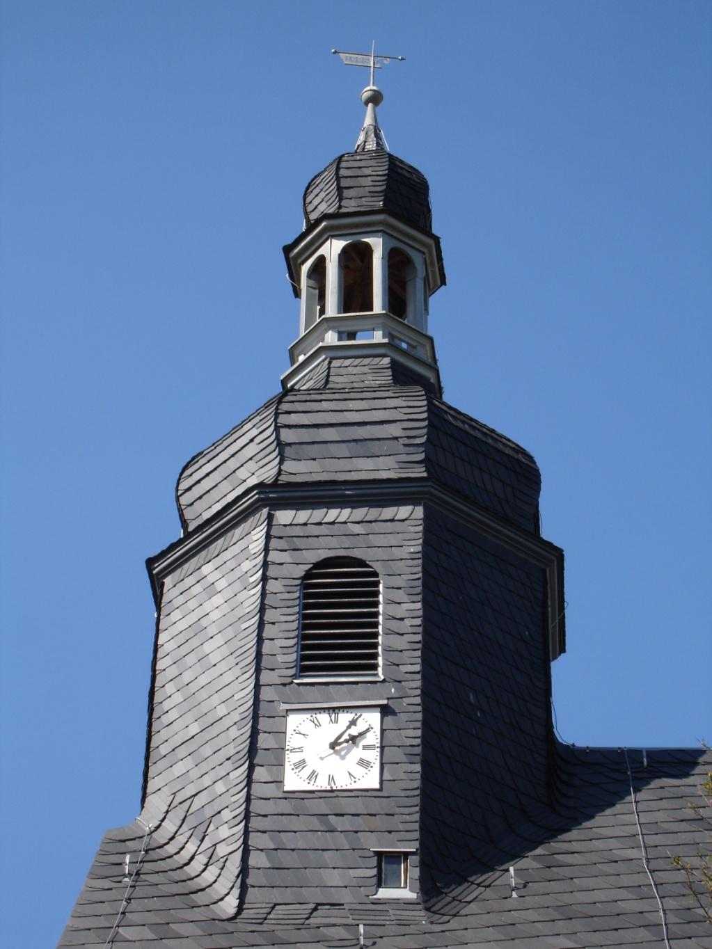 1999 neue Kirchturmspitze wurde angebracht