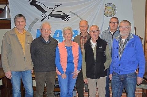 Vorstand von links:  Ludger Frye (1. Vors.), Dr. Donal Murphy-Bokern (2. Vors.), Christine Tilgner (Kassenprüferin), Christoph Beck (Schriftführer), Gerd Kauert (Kassenprüfer), Ludger Egert (Kassenwart), Siegfried Tilgner (Roter Münsterländer), Nov.2015