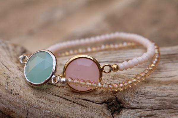 Swarovski Armbänder gold- oder silbergefasst mit facettiertem  Rosenquarz oder Aqua-Chalcedon