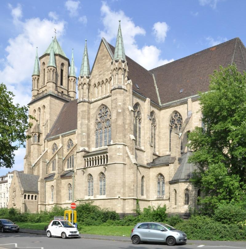 Die Kirchen St. Ludger und St. Joseph wechseln monatlich (gerader/ungerader Monat) im Angebot einer Vorabendmesse um 18 Uhr und einer Frühmesse am Sonntag um 9:30 Uhr in St. Ludger ...