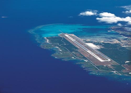 宮古島国際線就航を予定しテイル下地島空港の空撮写真です。