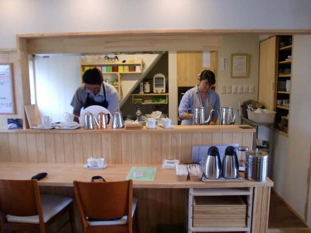 「Cafe MoMo」(2)
