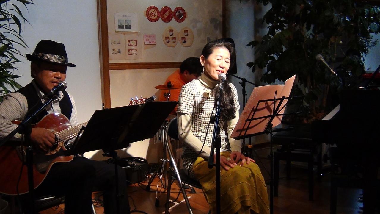 「カフェ&レスト リリアン」第2回午後のコンサート(24.12.2)