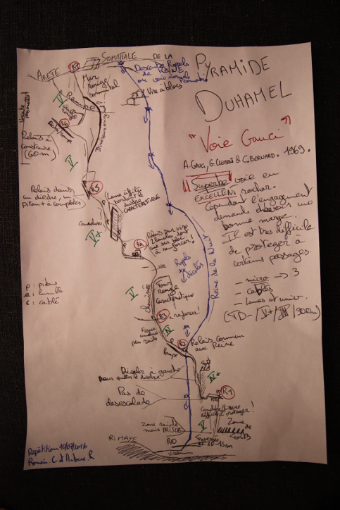 """Après avoir """"découvert"""" la voie Gauci sur la face ouest d ela Pyramide Duhamel, nos deux stagiares """"des 50 ans du refuge"""" Antoine et Romain nous ont envoyé ce topo pour partager le plaisir qu'il sont eu à grimper cette voie peu connue."""