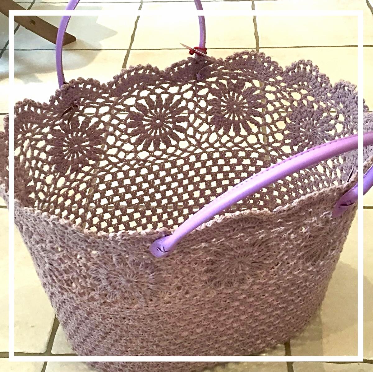 Korb, violett
