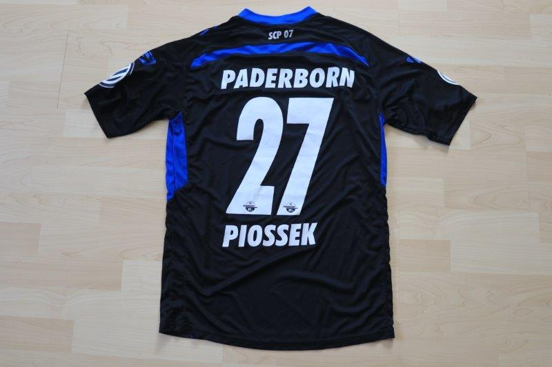 SC Paderborn 07 2017/18 Heim, Nr. 27 Piossek (Matchvorbereitet DFB-Pokal 14.8.17 gg. St. Pauli)