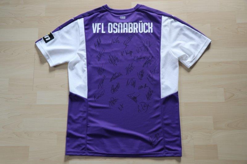 VfL Osnabrück 18/19 Heim mit Autogrammen