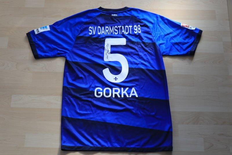 SV Darmstadt 98 2016/17 Heim mit Autogramm, Nr. 5 Gorka (Matchvorbereitet)