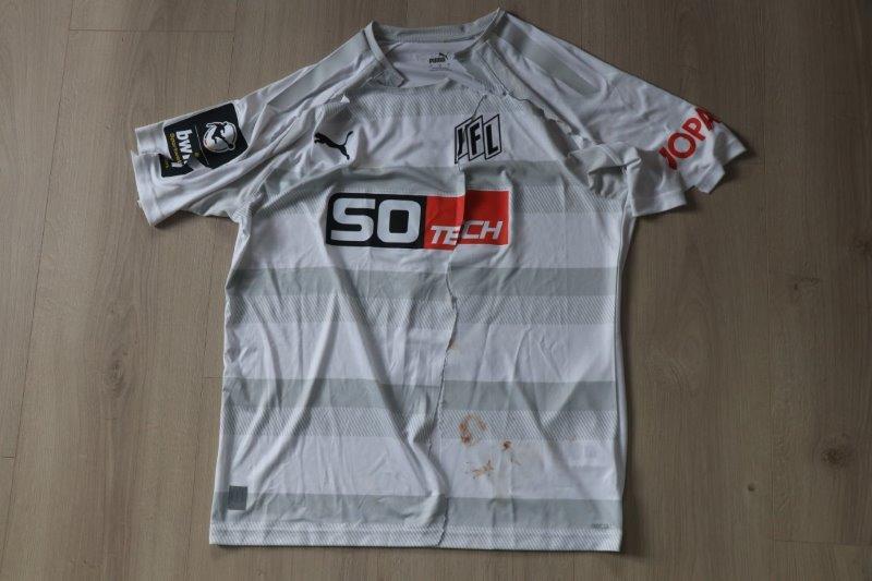 VfL Osnabrück 2021/22 Third zerschnitten und signiert, Nr. 6 Köhler (Matchworn gg. Saarbrücken 31.07.21)
