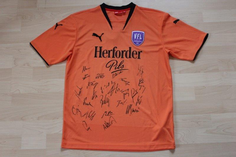 VfL Osnabrück 2007/08 Third, Fantrikot ohne Rückennummer mit Autogrammen
