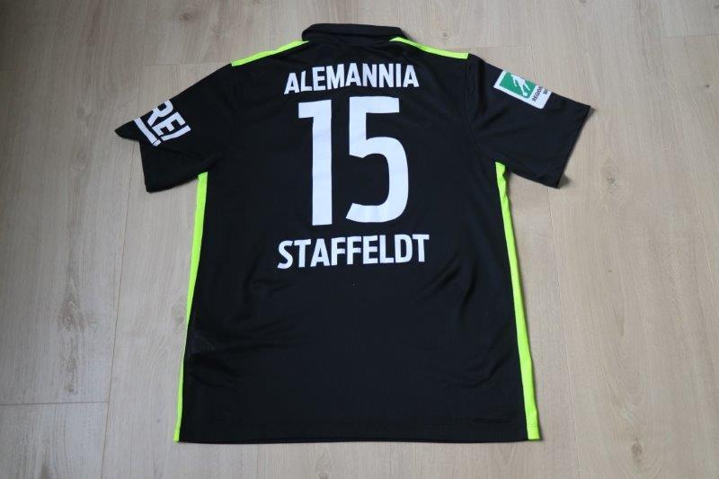 Alemannia Aachen 2015/16 Heim, Nr. 15 Staffeldt (Matchworn gg. Oberhausen 22.08.15)