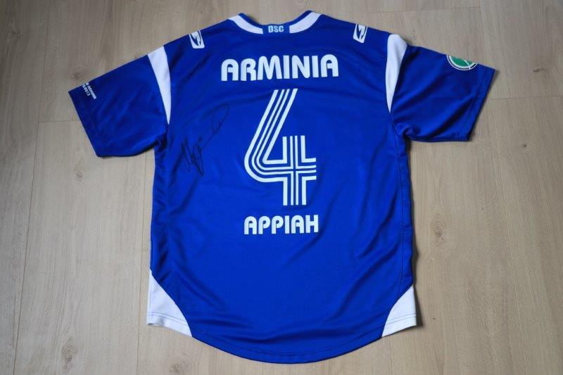 DSC Arminia Bielefeld 2012/13 Heim signiert, Nr. 4 Appiah (Matchworn)