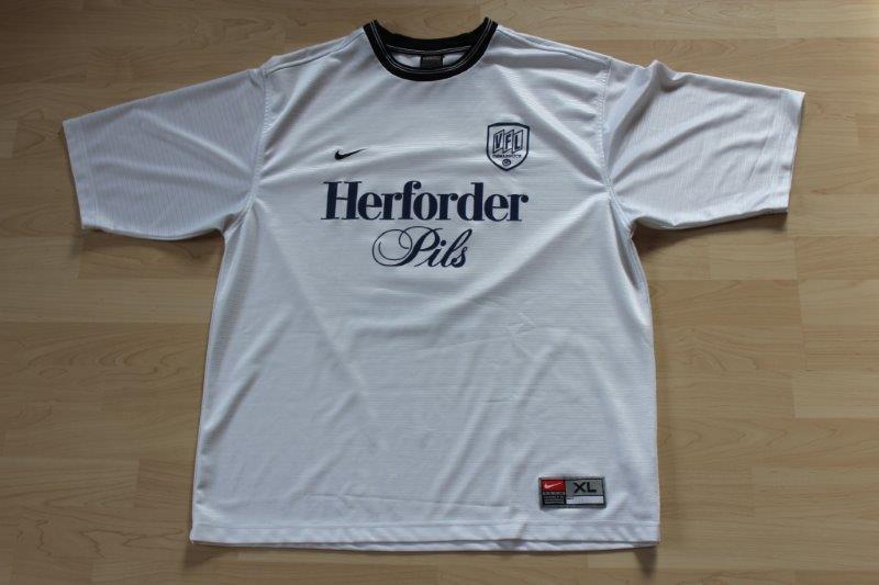 VfL Osnabrück 1999/00 Away, Nr. 6 Schütte