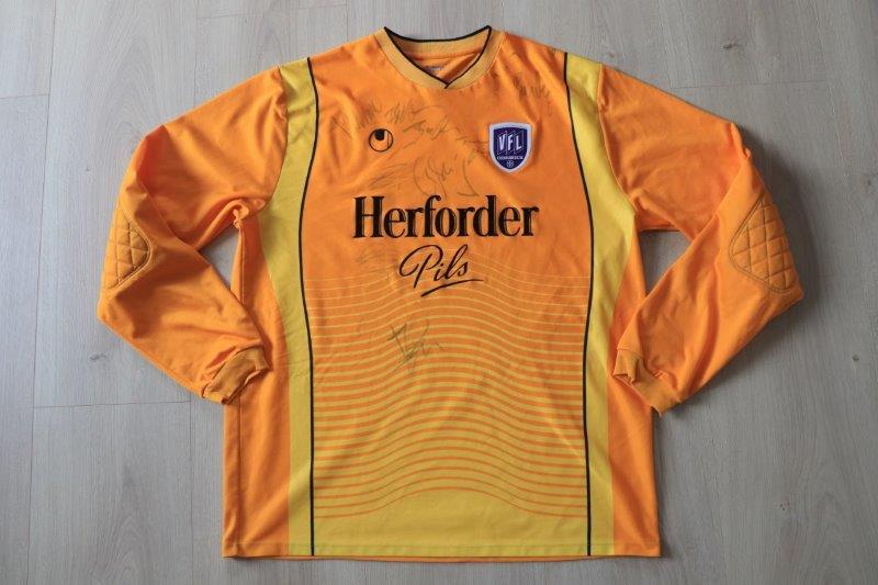 VfL Osnabrück 2006/07 Torwart mit Autogrammen