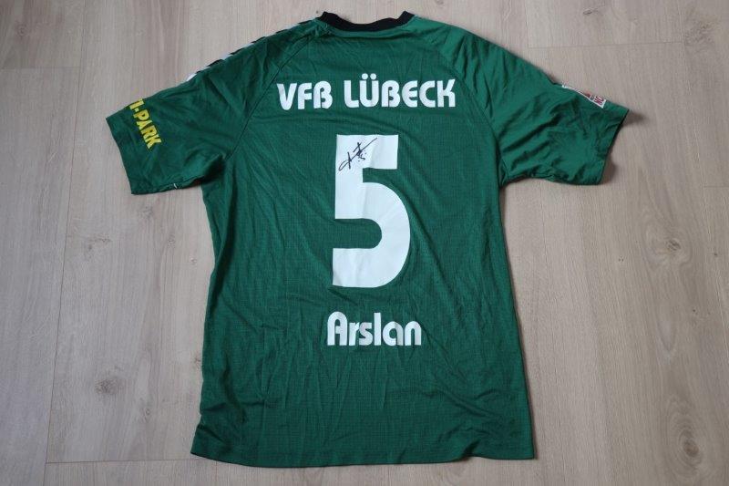 VfB Lübeck 2018/19 Heim mit Autogramm, Nr. 5 Arslan (Matchworn,  u.a. gg. Holstein Kiel II 14.12.18)