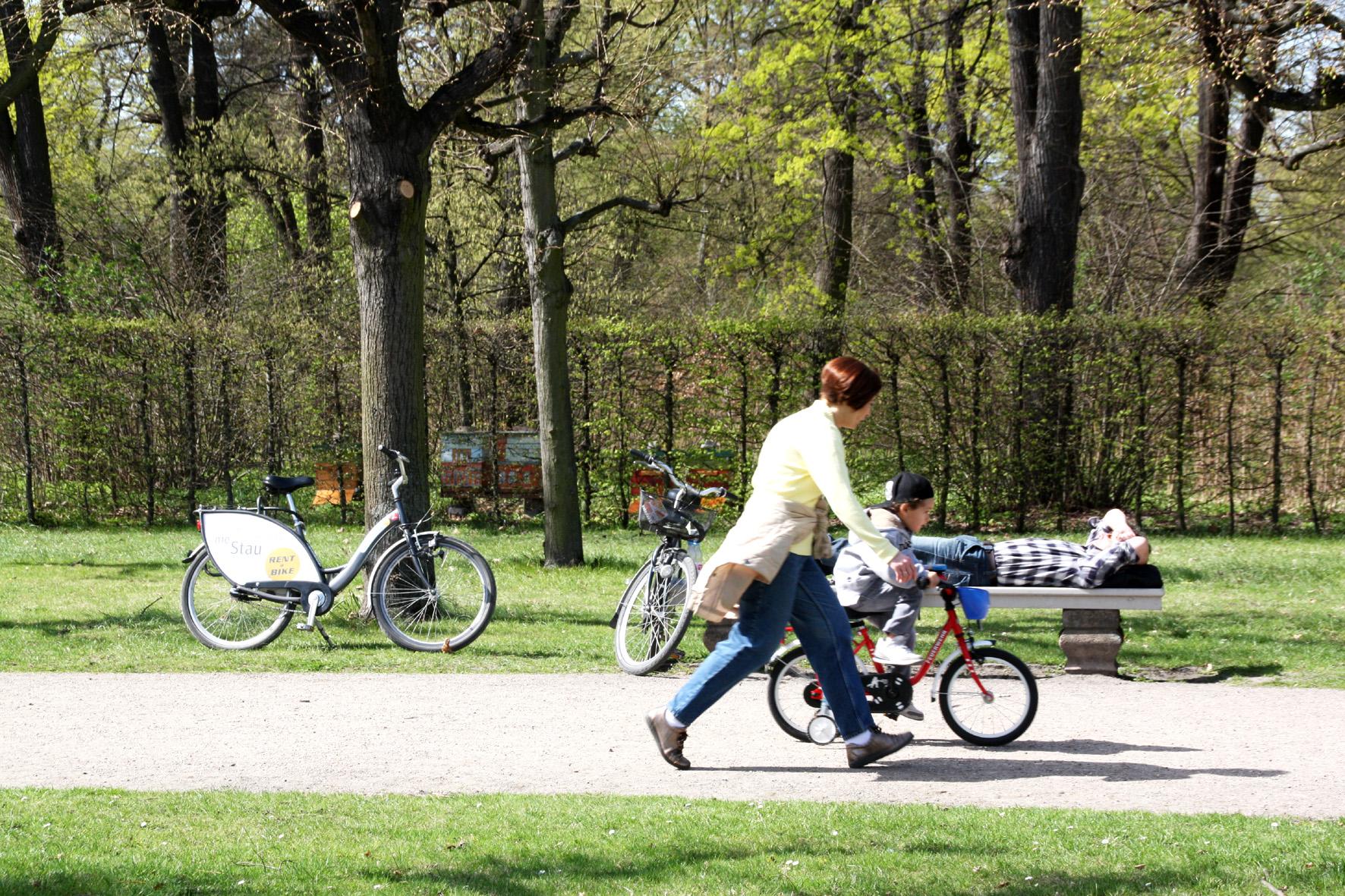 Schlosspark Charlottenburg im April. Foto: Helga Karl