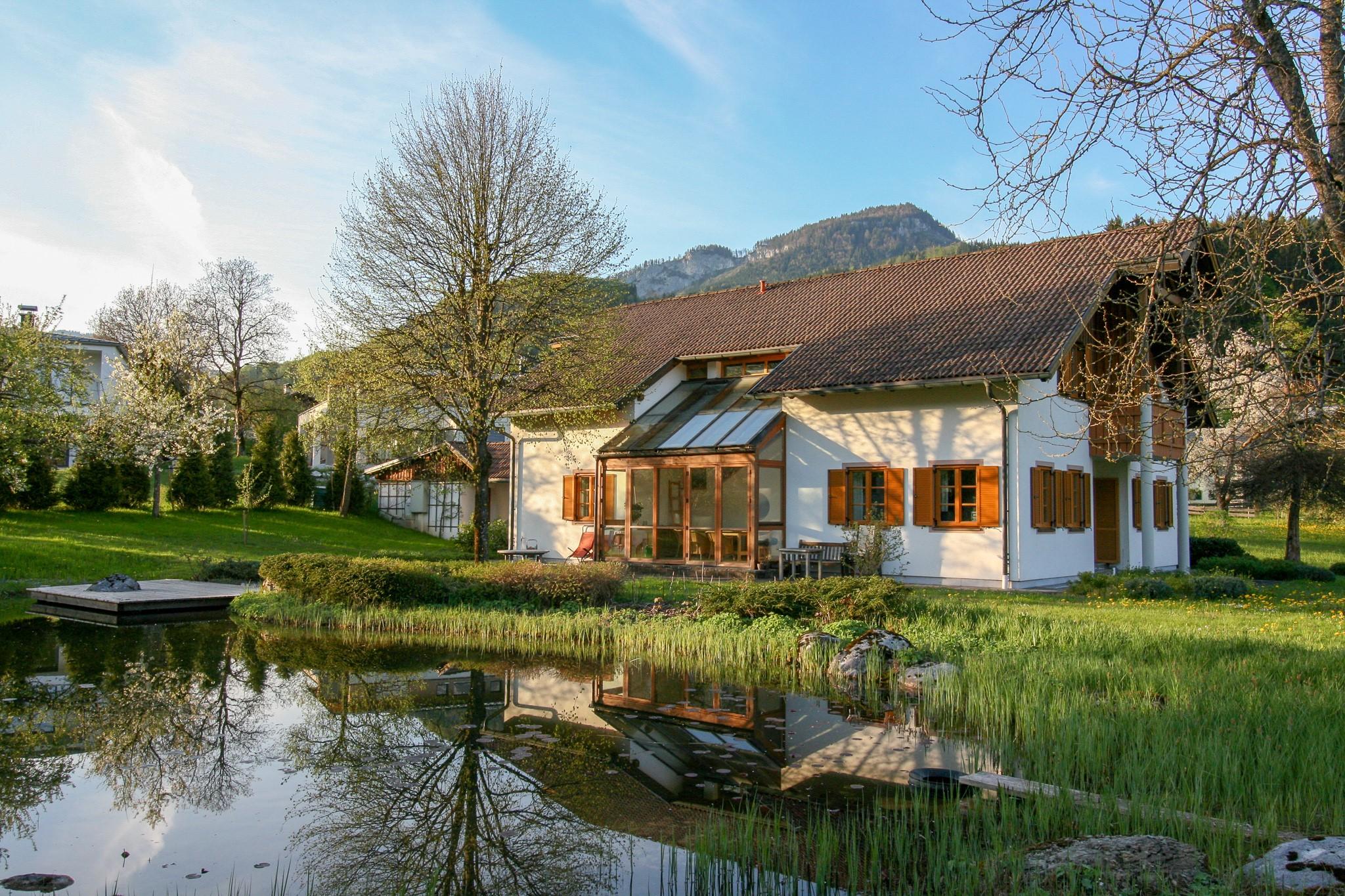 Blick vom Schwimmteich Villa Anna Bad Goisern