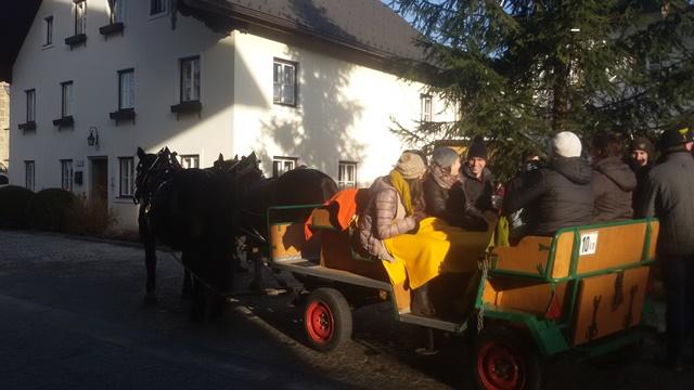 Advent am Dorfplatz - Kutschenfahrt