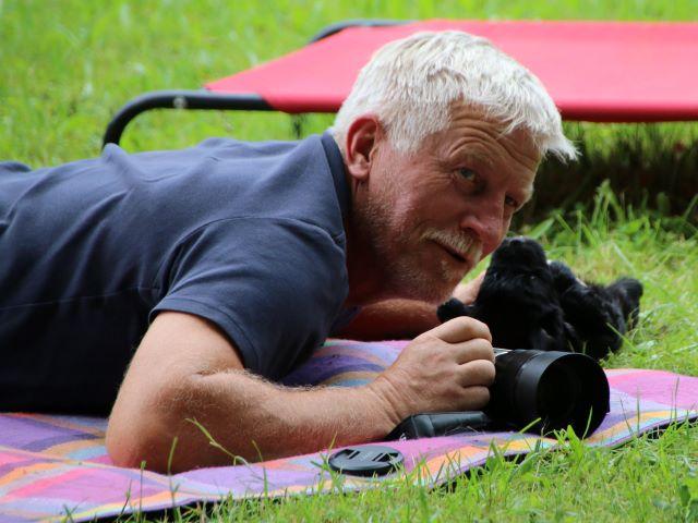 Jürgen hat Hilfe beim Fotografieren...