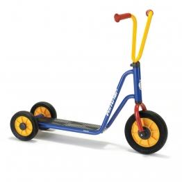 Trottinette marque Viking Winther au meilleur prix pour les enfants de 2 à 4 ans. Trottinette 3 roues pour enfants 2-4 ans à acheter pas cher.