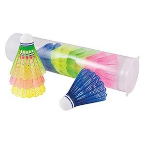 Volants de badminton colorés adaptés pour les jeux de raquettes des enfants, à acheter à prix discount.