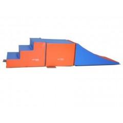 Kit initiation maternelle enfants pour la gymnastique avec cube, escalier et plan incliné pas cher.