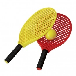 Raquettes tennis enfants Lot de 2 raquettes d'initiation + 1 balle. Longueur : 40 cm. Poids : 140 gr. Manche court adapté jeunes enfants. Coloris : Assortis.