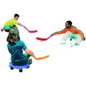 Crosses de scooter pour jeux d'enfants, sportifs et coopératifs.