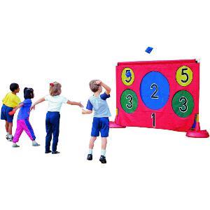 Cible de but avec bâche à acheter. Matériel sportif de cible avec plusieurs trous numérotés pour lancer les balles au meilleur prix. Pour enfants et adolescents.