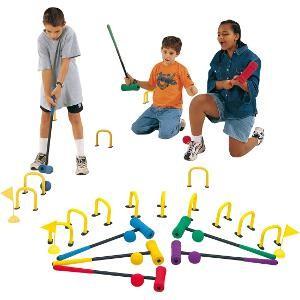 Matériel de jeu de croquet pour les enfants : maillets en mousse, balles, drapeaux