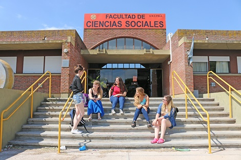 Preinscripción a las carreras de la Facultad de Ciencias Sociales