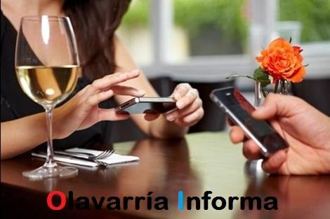 ¿Revisas el teléfono a tu pareja? Mira lo que puede pasar