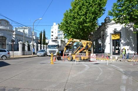 Trabajos de hidráulica en San Martín y Moreno