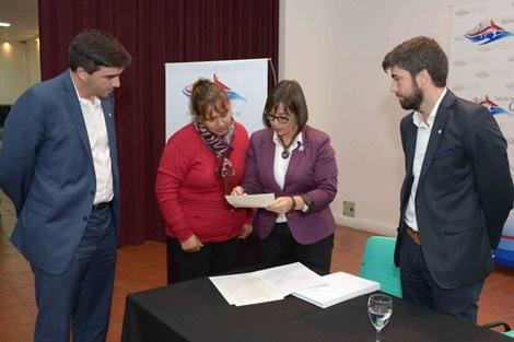 Más de 250 familias firmarán o recibirán sus Escrituras Sociales